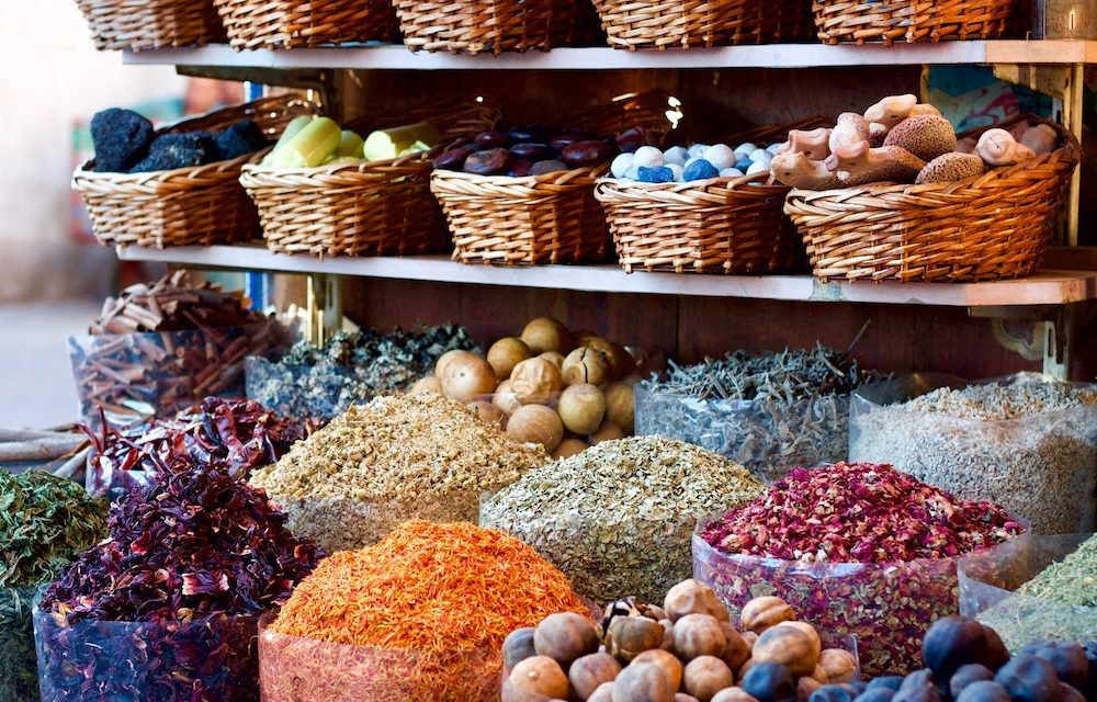 Gulf culture, social eating and health